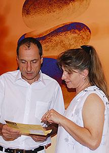 Dr. med. Motzo und Frau Schrank
